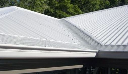 Benefits Of Updating Your Old Metal Roof & Guttering